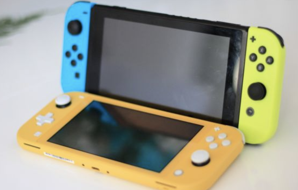 Nintendo Switch vs Lite